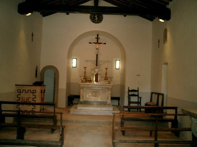 interno-della-chiesa